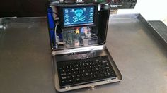 Easy project to build a Raspberry Pi computer that fits in a lunch box. Because who doesn't need a lunch box filled with a Raspberry Pi? Computer Technology, Computer Programming, Technology Apple, Computer Engineering, Futuristic Technology, Technology Gadgets, Computer Science, Diy Electronics, Electronics Projects