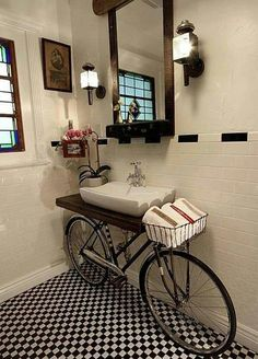 ReCYCLE. I know I've seen this before but it's amazing. Bike in the bathroom!