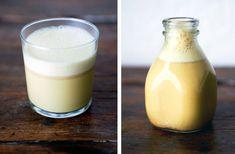 golden milk elixir- spiced vegan milk with turmeric Turmeric Juice, Turmeric Milk, Smoothie Detox, Smoothies, Milk Replacement, Sugar Cleanse, Sem Gluten Sem Lactose, Vegan Milk, Raw Almonds