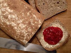 Saftig grovbrød Bread, Cheese, Baking, Olympus, Dessert, Digital Camera, Ethnic Recipes, Food, Brot