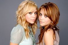 Mary Kate and Ashley Olsen, gorgeous hair colors! Make up makes there eyes pop with color. Mary Kate Ashley, Mary Kate Olsen, Ashley Olsen, Paula Stephania, Olsen Twins, Olsen Sister, Step By Step Hairstyles, How To Draw Hair, Cellulite