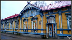 tripwolf travel photos from . See all your favorite vacation and holiday photos of landmarks, attractions and hotels in Rauma. Wooden Houses, Old Houses, Window Trims, Good Neighbor, Scandinavian Style, Small Towns, Old Town, Statues, Travel Photos