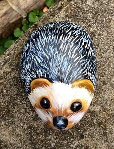 hand-painted-rock-pebble-stone-hedgehog-with-clay-eyes-nose-ears-patio-garden