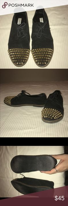 Steven Madden Gold Studded Oxfords Size 8 cap toe of gold studs. Suede effect. Lace up. Slightly used Steve Madden Shoes Flats & Loafers