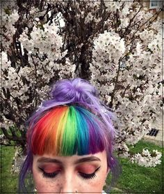 8 rainbow hair styles to give your look color 8 rainbow hair styles to give … Hairstyles With Bangs, Summer Hairstyles, Pretty Hairstyles, Curly Haircuts, Vintage Hairstyles, Split Dyed Hair, Curly Hair Styles, Natural Hair Styles, Coloured Hair