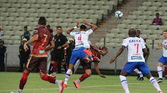 Blog Esportivo do Suíço: Em jogo pegado e de clima quente, Fortaleza e Bahia empatam sem gols