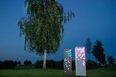 COLUMN.be unique im Garten mit der LED beleuchtung. Ein tolles Design Highlight in Ihrem Garten.