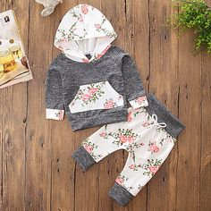Sweetbaby Little Baby Girls Outfits Hoodie Tops and Pants with Kangaroo Pocket Little Baby Girl, Baby Kind, Cute Baby Girl, Baby Outfits, Kids Outfits, Cheap Girls Clothes, Cute Baby Clothes, Baby Girl Pants, Girls Pants
