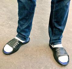 Slide Sandals, Slide Rule, Socks, Sneakers, Fashion, Sandals, Tennis, Moda, Slippers