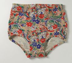 Man's Swim Briefers Mabs of Hollywood (United States, active 1930-1960) United States, California, circa 1940 Costumes; principal attire (lower body) Rayon, silk and elastic Side length: 10 in. (25.4 cm) Gift of Mary Anne Carter Cosgrove (AC1992.292.6) Costume and Textiles