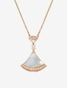 BVLGARI Divas' Dream rose-gold, mother-of-pearl and diamond necklace Pearl And Diamond Necklace, Rose Gold Earrings, Mom Jewelry, Pearl Jewelry, Bvlgari Necklace, Pearl Pendant, Diamond Pendant, Gold Earrings Designs