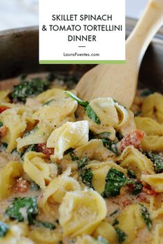 Creamy, cheese tortellini with spinach cream sauce in less than 20 minutes! This Spinach & Tomato Tortellini is THE perfect quick skillet dinner for busy weeknights and it tastes like an Italian restaurant recipe at home. Spinach And Tomato Tortellini, Cheese Tortellini Recipes, Spinach And Cheese, Creamy Cheese, Pasta Recipes, Real Food Recipes, Dinner Recipes, Cooking Recipes, Healthy Recipes