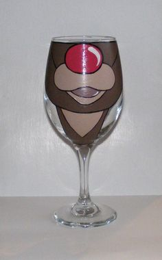 Face Changing Wine Glass by Jennie Nelson RUDOLPH by AcornIsland Christmas Wine Glasses, Diy Wine Glasses, Christmas Wine Bottles, Decorated Wine Glasses, Hand Painted Wine Glasses, Wine Glass Crafts, Bottle Crafts, Craft Show Ideas, Glass Art