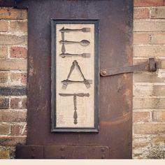 EAT Sign - like this idea. EAT Sign - like this idea. Repurposed Items, Repurposed Furniture, Plywood Furniture, Modern Furniture, Furniture Design, Wood Crafts, Diy And Crafts, Arts And Crafts, Rustic Decor