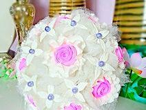 Brautstrauß mit Porzellanblumen(Kaltporzellan)