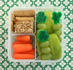Pot of Gold Bento Boxes - this is yummy and clever.  I almost can't wait to start packing lunches for Sophie!