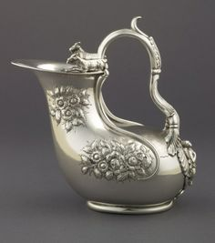 Askos silver claret jug with crest of the Goelet family by Samuel Kirk, Baltimore, Maryland, USA 1830–1846