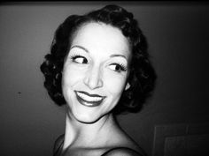 1930's Faux Bob Tutorial ft. Vintage Hairstyling by Lauren Rennells (+pl...