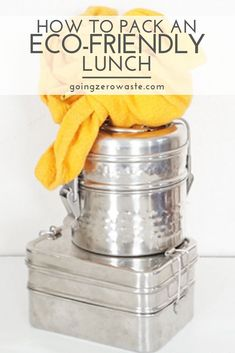 How to Pack a Zero Waste Lunch – Going Zero Waste Tips for packing an eco-friendly lunch. With just a few simple tools, most of which you probably have, you can keep lunch zero waste! Dairy Free Mashed Potatoes, Vegan Green Bean Casserole, Veggie Stock, Work Meals, Food Waste, Zero Waste, Reduce Waste, Sustainable Living, Packaging