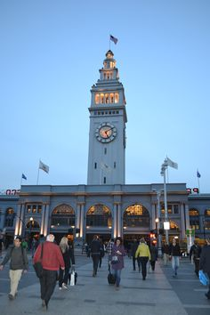 The clock tower on top of the Ferry Building. It chimes every 30 minutes during the day. London Square, Tic Toc, San Francisco, Tower, Clock, Building, Places, Travel, Watch