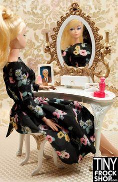 Barbie RARE Suzy Goose Vintage Skipper Jeweled Vanity and Stool