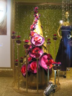 Marc Jacobs Lola Perfume Display by Elemental Design.