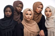 How To Wear Hijab Habiba Da Silva & Basma K Styles – Content.pk How to Wear Habiba Da Silva & Basma K Styles – ContentPK basma k hijab tutorial - Hijab Hijabs, Muslim Fashion, Hijab Fashion, Fashion Hair, Modest Fashion, Fashion Clothes, Fashion Beauty, Habiba Da Silva, How To Wear Hijab