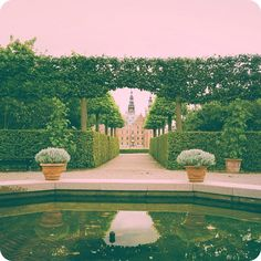 mizzshelyn That beautiful #garden many dream to walk down on their wedding day #Frederiksborg #Baroque #denmark