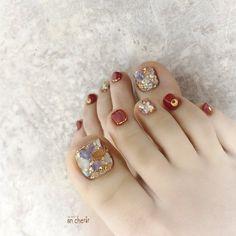 Pretty Toe Nails, Cute Toe Nails, Dope Nails, Baby Pink Nails, Pink Nail Art, Toe Nail Art, Fancy Nails Designs, Nail Art Designs, Feet Nail Design