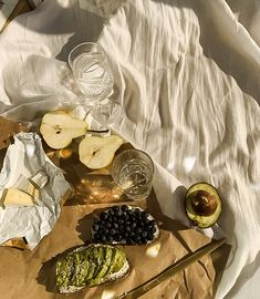 Picnic Date, Summer Picnic, Beach Picnic, Cute Food, Good Food, Yummy Food, Comfort Foods, Comida Picnic, Cafe Rico