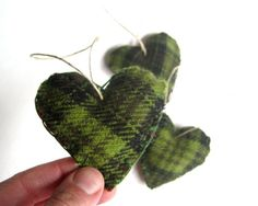 heart felts wool plaid green SET of 5 / eco friendly upcycled love home decor - hostess gift (ready to ship) Retro Christmas Decorations, Rustic Christmas Ornaments, Felt Ornaments, Burlap Ornaments, Christmas Holidays, Winter Holiday, Christmas Ideas, Felt Hearts, Holiday Crafts