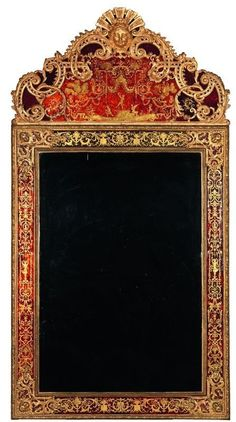 Exceptional églomisé glass mirror with giltwood pediment originating from the Château de Serrant, France, Louis XIV, 1700 - It is characteristic of the productions of the late seventeenth century technique that experienced an ephemeral high fashion demand. Dim: H. 263 cm, L. 139,5 cm, P. 12 cm.