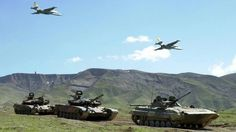 Russian T-80 & BMP-3 supported by Sukhoi Su-25 Frogfoot.