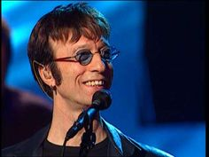 Performing with the Blue shades #RobinGibb #BeeGees
