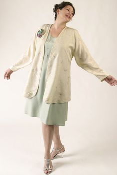 Dressy Jacket Ivory Pastels Embroidered Floral Silk SHOP NOW: Unique jackets for women Sizes 14 - mother of the bride, special occasion, artwear, elegant and unique women's clothing,xoPeg Mature Fashion, Over 50 Womens Fashion, Fashion Over 50, Curvy Fashion, Petite Fashion, Women's Fashion, Fashion Trends, Mother Of The Bride Jackets, Dressy Jackets