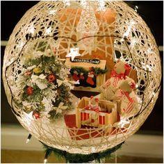 Esferas mágicas de hilos. La decoración perfecta para tu hogar en Navidad. Una manualidad muy navideñacon materiales económicos. Materiales: Hilo grueso, lana o cordel en los colores de tu preferencia Globos de látex en diferentes tamaños Pegamento blanco Bandeja (para pegamento blanco) Tijeras Vaselina o aceite Procedimiento 1. Infla los globos al tamaño deseado, procurando …