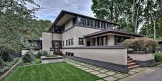Edward E. Boynton House. Prairie Style. 1908. Rochester, New York. Frank Lloyd Wright
