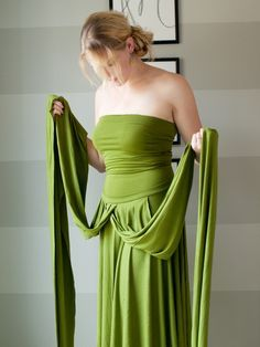 Step-by-step instructions for making your own Infinity Wrap Dress.  Cate uses 3…