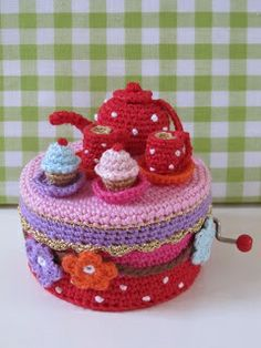 could crochet a cover for biscuit tin to match crockery Crochet Food, Crochet Gifts, Knit Crochet, Knitted Dolls, Crochet Dolls, Crochet Jar Covers, Crochet Christmas Decorations, Yarn Bombing, Crochet Fashion
