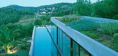 "PLASTOLUX ""keep it modern"" » A summer retreat by Rudy Ricciotti and Marchi Architectes"