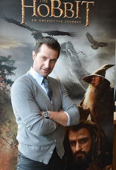 Richard Armitage. i find this man extremely attractive... even/especially as thorin... i know   i'm a wee bit crazy. but it's true.