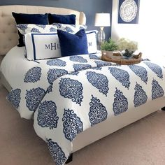 Asher Organic Sham Standard Gray At Pottery Barn Bedding Duvet Covers & Shams Blue Master Bedroom, Blue Bedroom Decor, Gold Bedroom, Blue Home Decor, Master Bedroom Design, Dream Bedroom, Navy Blue Decor, Navy Bedrooms, Guest Bedrooms