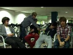 that darn energy juice :P One Direction Video Diary - week 10 - The X Factor One Direction Louis, One Direction Videos, Midnight Memories, Best Song Ever, Irish Boys, Liam James, Old Video, Liam Payne, Videos Funny