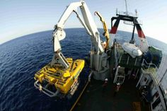Odyssey's Remotely Operated Vehicle (ROV), ZEUS Launched for Descent to the Seabed