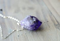 Raw Amethyst Necklace. Sterling Silver Gemstone von happylittlegems