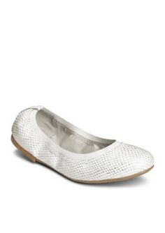 AEROSOLES Silver Fable Flat