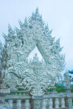 Wat Rong Khun, Chiang Rai --Thailand