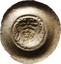 Brakteat Heinrich <Meissen, Markgraf, III.> (1218-1288)|Münzherr Meissen, o.J. (1230-1250) Münzkabinett Material and Technique Silber, geprägt, Randausbrüche Measurement Durchmesser: 37,3 mm; Gewicht: 0,767 g