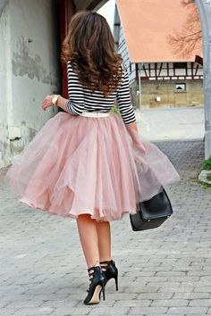 Wondering what to wear? Find outfit ideas, shopping, and street style inspiration to help you get dressed for work, dates, parties and more! Skirt Outfits, Dress Skirt, Dress Up, Cute Outfits, Girly Outfits, Dirndl Skirt, Office Outfits, Blush Tulle Skirt, Tulle Skirts