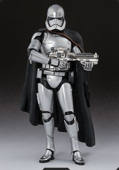 Bandai Star Wars SH Figuarts Captain Phasma